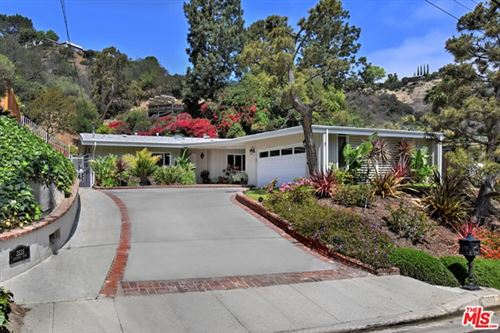 Photo of 3535 Loadstone Drive, Sherman Oaks, CA 91403 (MLS # 21733256)