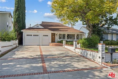 Photo of 4511 SIMPSON Avenue, Studio City, CA 91607 (MLS # 20556266)