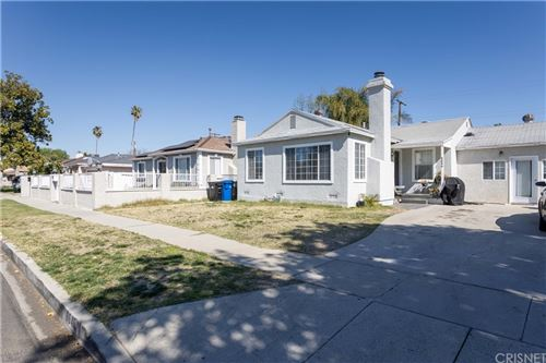 Photo of 6646 Nestle Avenue, Reseda, CA 91335 (MLS # SR21038280)