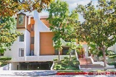 Photo of 400 N Louise Street #103, Glendale, CA 91206 (MLS # SR21104297)