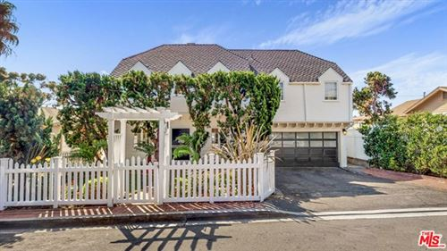 Photo of 319 CYPRESS Drive, Laguna Beach, CA 92651 (MLS # 19527316)