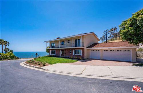 Photo of 6169 LA GLORIA Drive, Malibu, CA 90265 (MLS # 21766326)