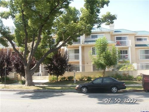 Photo of 530 W Stocker Street #204, Glendale, CA 91202 (MLS # 320003373)