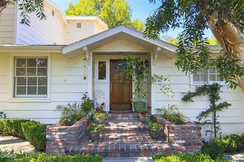 Photo of 22227 Capulin Court, Woodland Hills, CA 91364 (MLS # V1-6394)