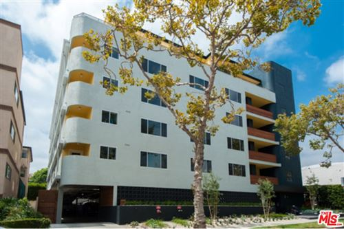 Photo of 131 S Maple Drive #402, Beverly Hills, CA 90212 (MLS # 21793402)