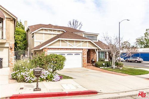 Photo of 17001 ADDISON Street, Encino, CA 91316 (MLS # 20588406)