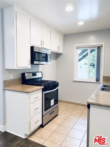 Photo of 321 LINCOLN Avenue #2, Glendale, CA 91205 (MLS # 20634412)