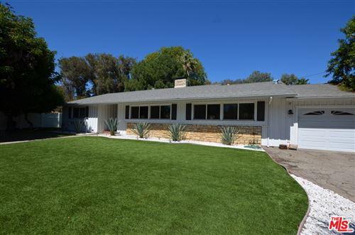 Photo of 17059 Albers Street, Encino, CA 91316 (MLS # 21784434)