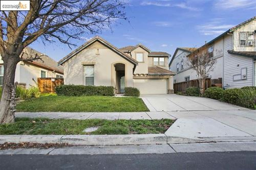 Photo of 902 Snapdragon Way, Brentwood, CA 94513 (MLS # 40896442)