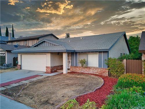 Photo of 7944 Oso Avenue, Winnetka, CA 91306 (MLS # SR21179470)