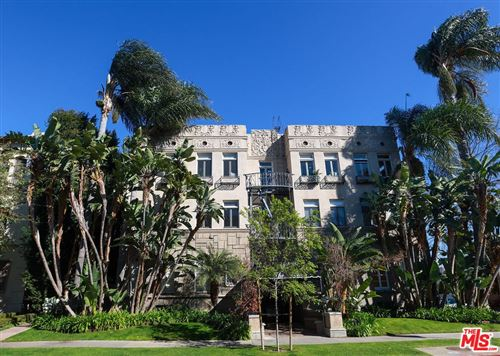 Photo of 152 S Peck Drive #303, Beverly Hills, CA 90212 (MLS # 21794480)