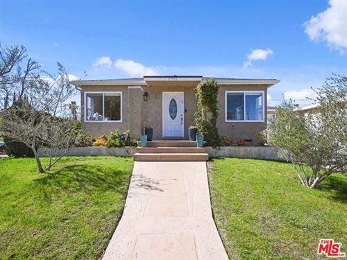 Photo of 5705 Jamieson Avenue, Encino, CA 91316 (MLS # 21696488)