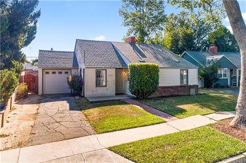 Photo of 7831 Texhoma Avenue, Northridge, CA 91325 (MLS # SR21160493)