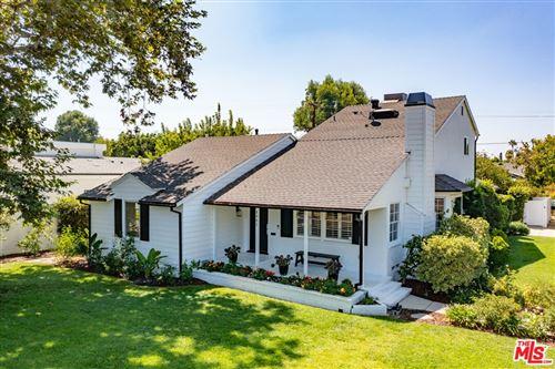 Photo of 4961 Stern Avenue, Sherman Oaks, CA 91423 (MLS # 21781494)