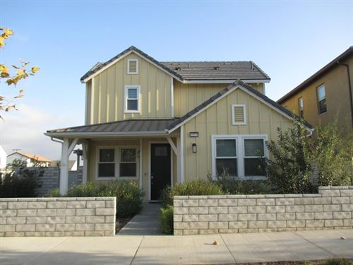 Photo of 10538 San Bruno Street, Ventura, CA 93004 (MLS # V1-2499)