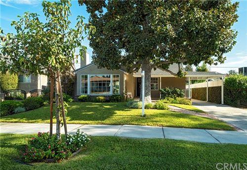 Photo of 842 N Evergreen Street, Burbank, CA 91505 (MLS # BB20245510)