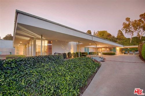 Photo of 1040 WOODLAND Drive, Beverly Hills, CA 90210 (MLS # 20579512)