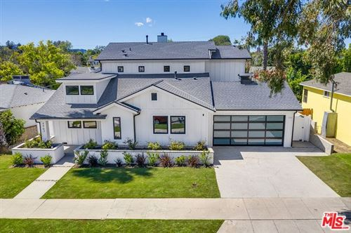 Photo of 4963 CLYBOURN Avenue, North Hollywood, CA 91601 (MLS # 20567518)