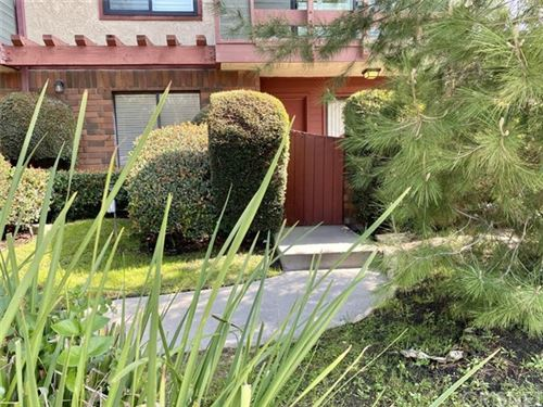 Photo of 4524 Tujunga Avenue #2, Studio City, CA 91602 (MLS # SR20033541)
