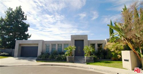 Photo of 9738 Arby Drive, Beverly Hills, CA 90210 (MLS # 21771546)