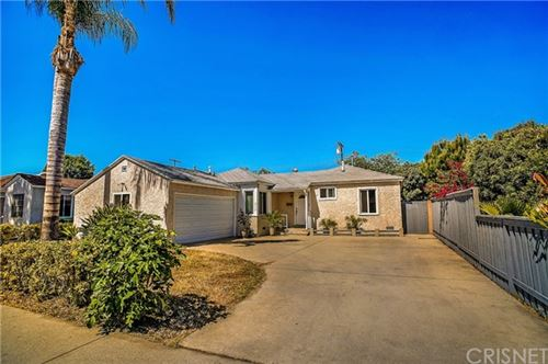 Photo of 6715 Jamieson Avenue, Reseda, CA 91335 (MLS # SR21104598)