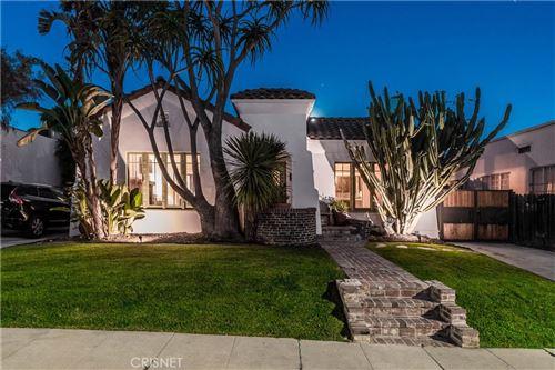 Photo of 812 N Mansfield Avenue, Hollywood, CA 90038 (MLS # SR20223609)