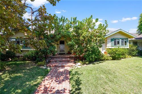 Photo of 9432 Crebs Avenue, Northridge, CA 91324 (MLS # PW21192638)