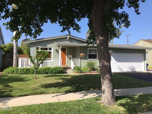 Photo of 3124 Entrada Drive, Ventura, CA 93003 (MLS # V1-5640)