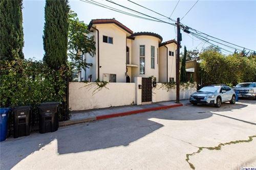 Photo of 2410 Tracy Terrace, Los Feliz, CA 90027 (MLS # 320002656)