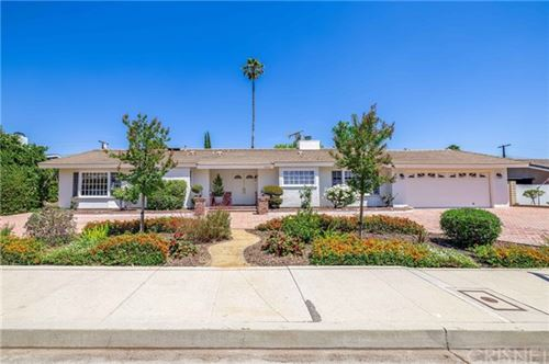 Photo of 9342 Vanalden Avenue, Northridge, CA 91324 (MLS # SR21095664)