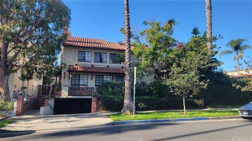 Photo of 938 18th Street #5, Santa Monica, CA 90403 (MLS # SB21230672)