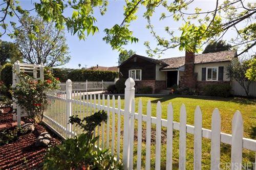 Photo of 5751 Vesper Avenue, Sherman Oaks, CA 91411 (MLS # SR21097677)