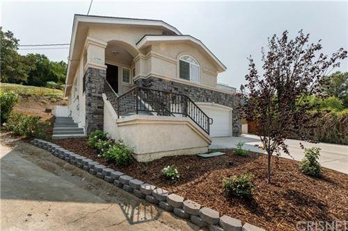 Photo of 23594 Valley View Road, Calabasas, CA 91302 (MLS # SR20194681)
