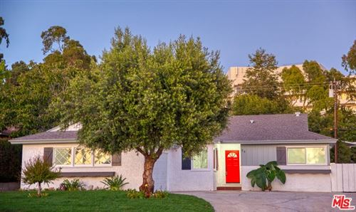 Photo of 84 ESTATES Avenue, Ventura, CA 93003 (MLS # 19498688)