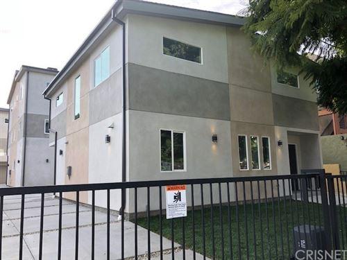 Photo of 14122 Sylvan Street #1/2, Van Nuys, CA 91401 (MLS # SR21167698)