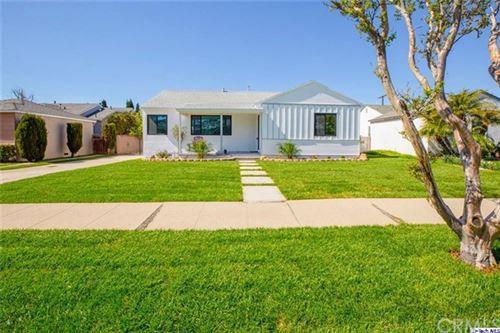 Photo of 8639 Morehart Avenue, Sun Valley, CA 91352 (MLS # 320005710)