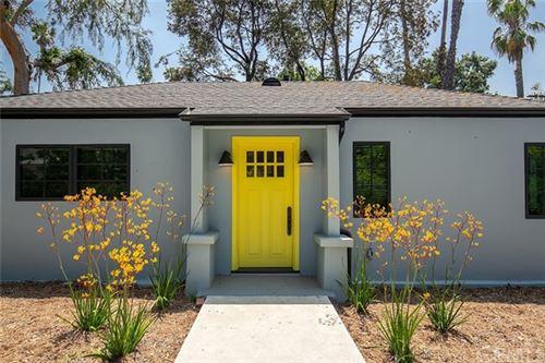Photo of 715 S Oak Knoll, Pasadena, CA 91106 (MLS # AR21105752)