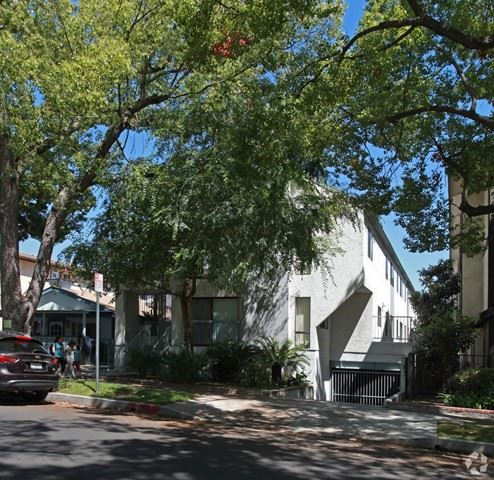 Photo of 1164 Allen Avenue #3, Glendale, CA 91201 (MLS # P1-4756)