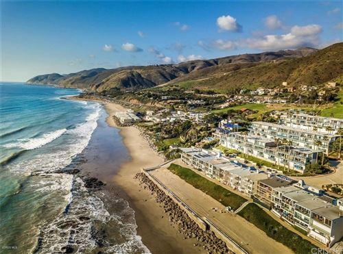 Photo of 11844 Beach Club Way, Malibu, CA 90265 (MLS # SR21168763)