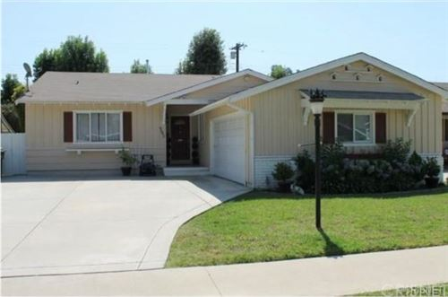 Photo of 6642 Whitman Avenue, Lake Balboa, CA 91406 (MLS # SR21063771)