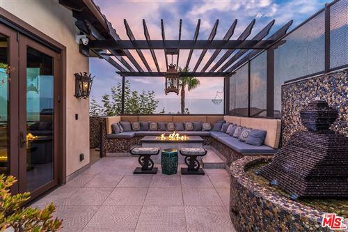 Photo of 1380 Summitridge Place, Beverly Hills, CA 90210 (MLS # 21779776)