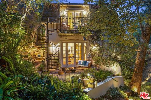Photo of 10075 Stowell Lane, Beverly Hills, CA 90210 (MLS # 21780776)