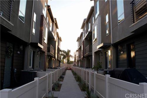 Photo of 20622 Green Ash Lane, Winnetka, CA 91306 (MLS # SR21098783)