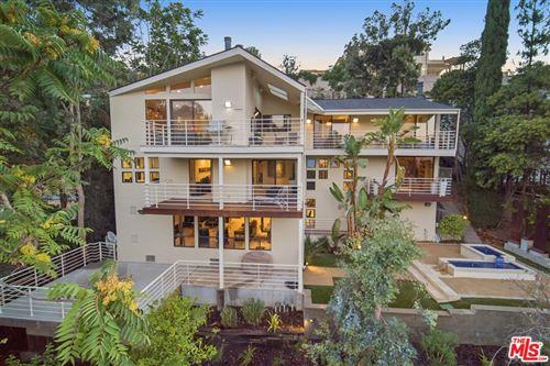 Photo of 4034 Witzel Drive, Sherman Oaks, CA 91423 (MLS # 21780808)