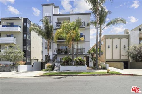 Photo of 11826 Dorothy Street #101, Los Angeles, CA 90049 (MLS # 21731818)