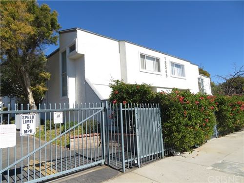 Photo of 18545 Mayall Street #B, Northridge, CA 91324 (MLS # SR21040822)