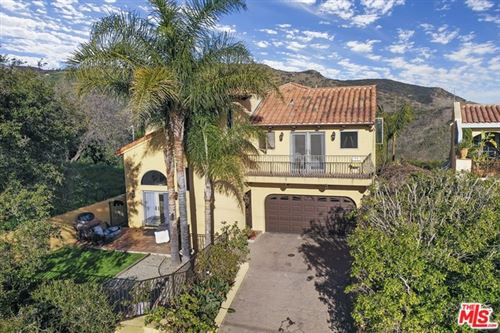 Photo of 4366 HILLVIEW Drive, Malibu, CA 90265 (MLS # 20554836)