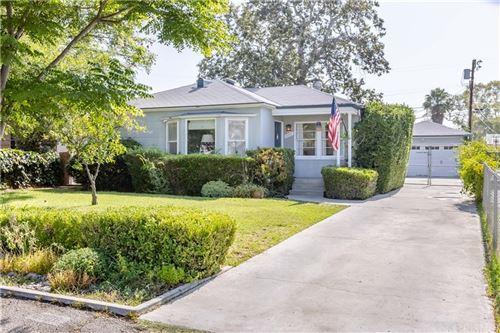 Photo of 6328 Camellia Avenue, North Hollywood, CA 91606 (MLS # SR21157839)