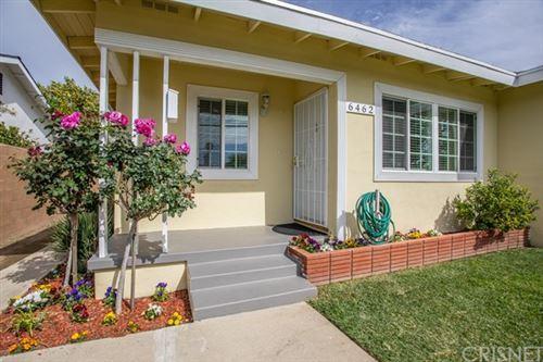 Photo of 6462 Hayvenhurst Avenue, Lake Balboa, CA 91406 (MLS # SR21073841)