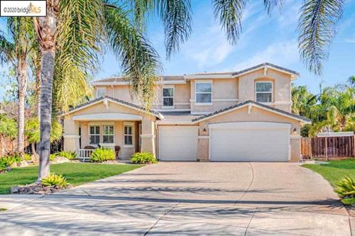 Photo of 588 TOSCANNA CT, Brentwood, CA 94513 (MLS # 40895847)